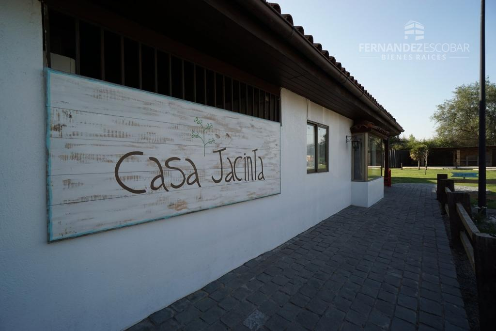 CHICUREO - SE ARRIEDA LOCAL COMERCIAL STRIP CENTER CASA JACINTA